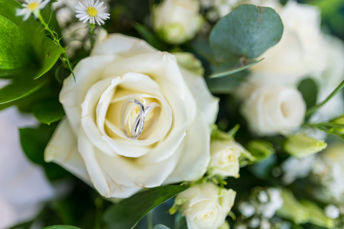 Bells Wedding Photography - 161oigv