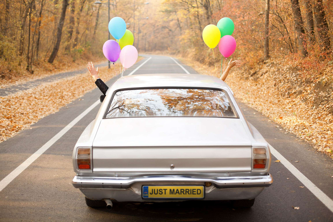 Car Balloons Just Married