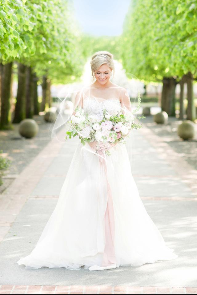 Bride Distant 2